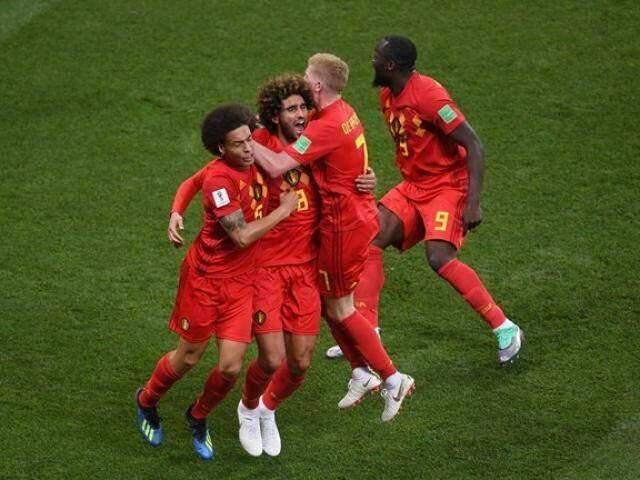Jogadores da Bélgica comemoram gol de empate, marcado por Fellaini (Foto: Fifa/Divulgação)