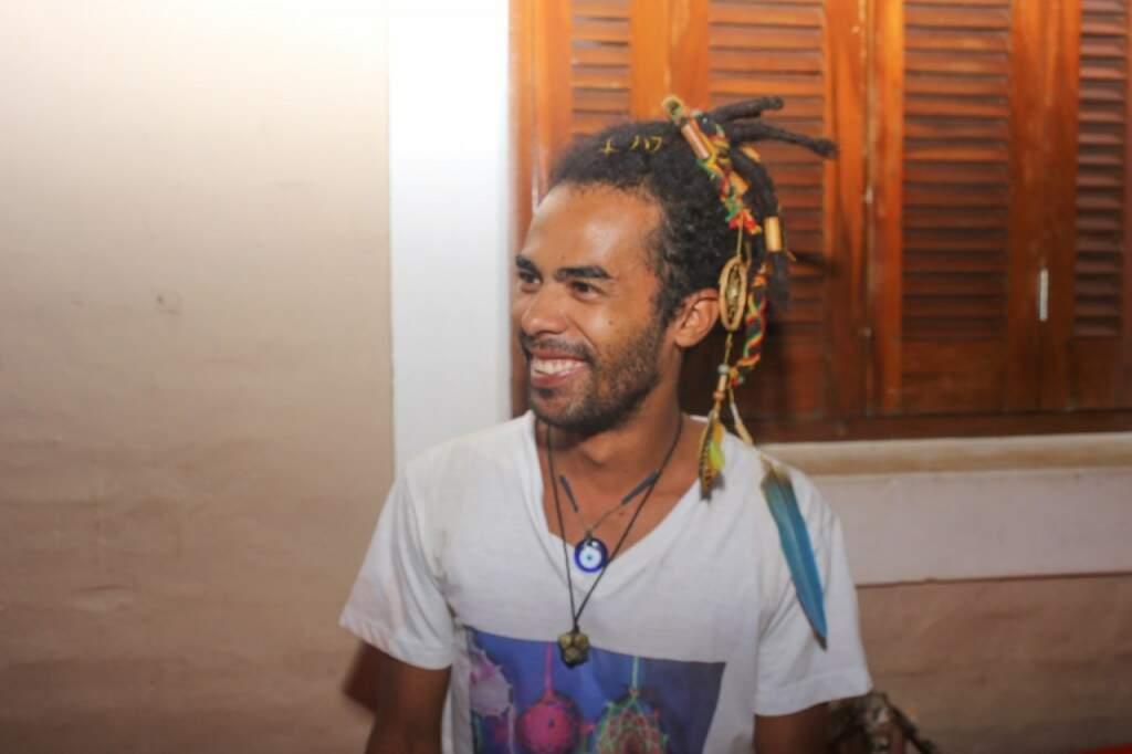 Da casa, João diz que a Brava é opção para quem quer curtir o Carnaval em paz (Foto: Paulo Francis)