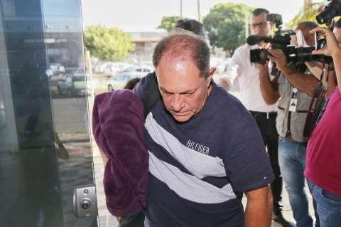 """Giroto se apresenta, diz que """"confia na Justiça"""" e que momento é """"difícil"""""""