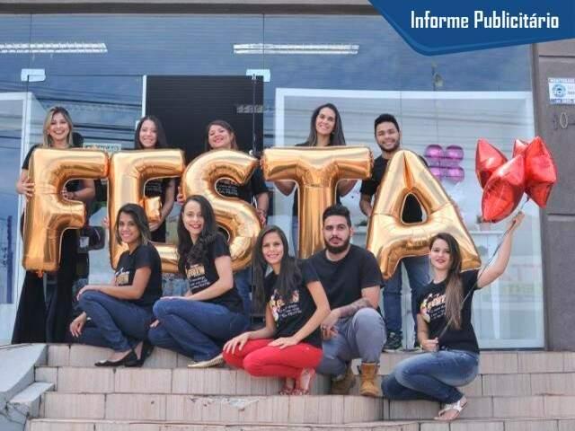 Equipe da Boutique da Festa comemora 4 anos. (Foto: Alcides Neto).