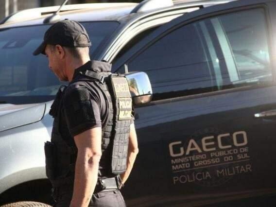 Agente do Gaeco durante operação em Campo Grande (Foto: Marcos Ermínio/Arquivo)