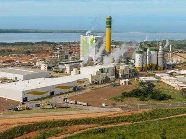 Um dos procedimentos abertos pela CVM envolve a Eldobrado Brasil Celulose, cuja fábrica em Três Lagoas foi vendida pela J&F em 2017 para grupo holandês. (Foto: Divulgação/Arquivo)
