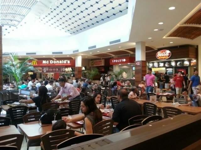 Redes instaladas em Shoppings também aderiram às promoções. (Zana Zaidan/Arquivo)