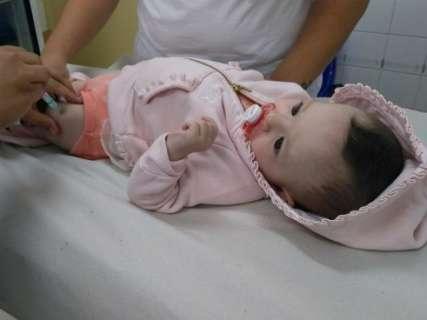 Bebês que vão viajar a SP, RJ e Pará precisam tomar reforço contra sarampo