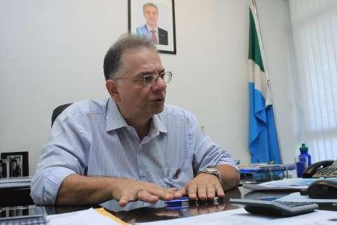 Tavares deixa Saúde e governador convida Carlos Coimbra para o cargo
