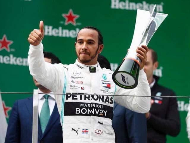 Lewis Hamilton vence corrida histórica na China (Foto: Divulgação - Fórmula 1)