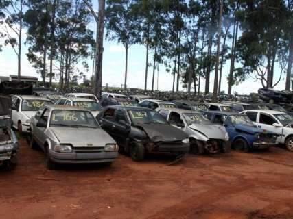 Detran abre leilão de veículos para desmanche nesta quarta-feira