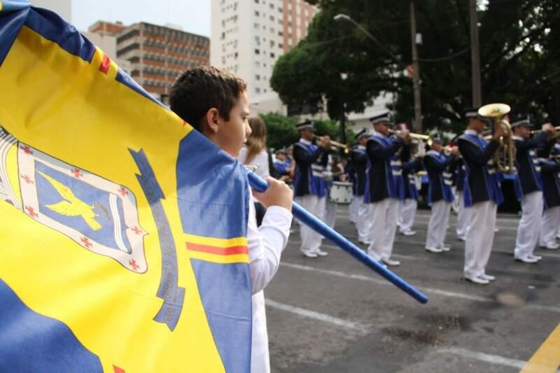 Banda Marcial do Instituto Mirim, também atraiu olhares de milhares de pessoas. (Foto: Marcos Ermínio)