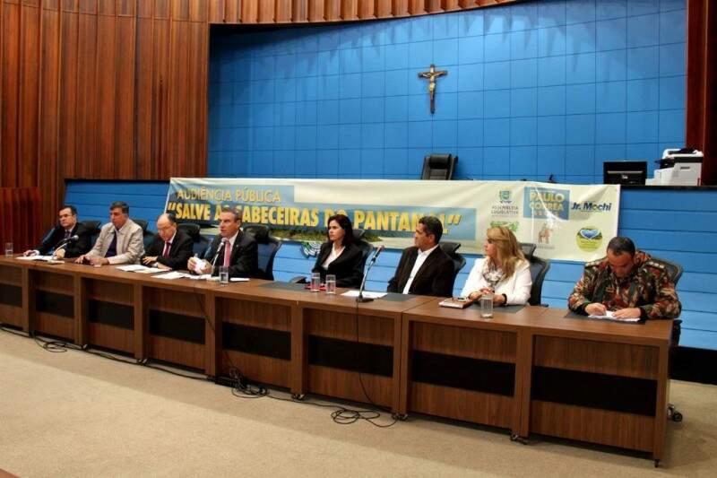 Deputados debateram o tema em assembleia, ontem. (Foto: Divulgação)