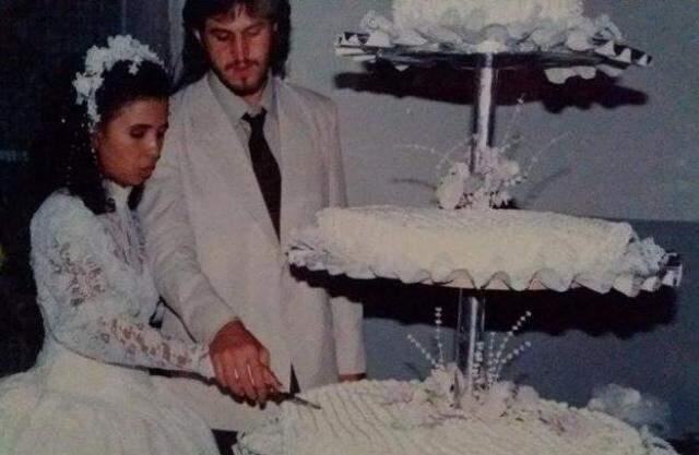 Maira e Adilson, em julho de 1991. Foram sete meses entre namoro, noivado e casamento. (Foto: Arquivo Pessoal)