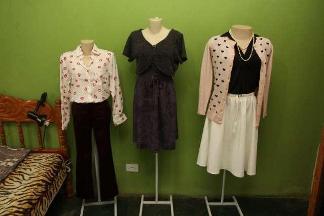 Brechó virtual de Campo Grande vende apenas roupas com a pegada retrô