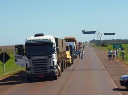 Caminhoneiros suspendem bloqueios e MS tem rodovias livres após 10 dias