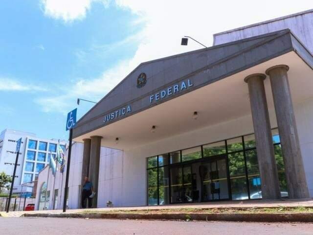 Decisão da 3ª Vara Federal rejeita competência da Justiça Eleitoral em denúncia contra ex-governador. (Foto: Arquivo)
