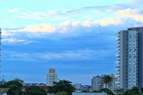 Sexta-feira com tempo instável, tem previsão de chuvas e máxima de 34ºC