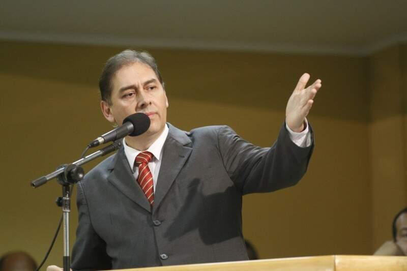 Bernal disse que o julgamento tinha sido político e que iria recorrer a decisão (Foto: Arquivo)