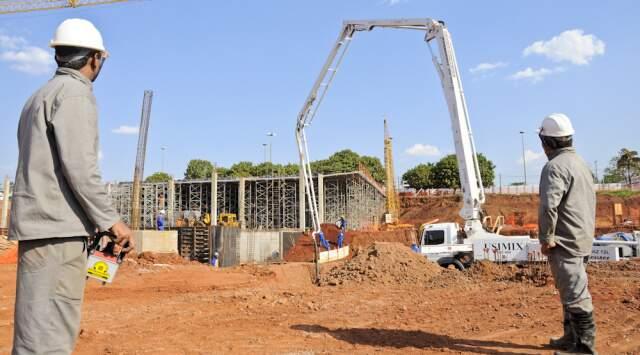 Obras seguem em ritmo acelerado; centro de pesquisa será concluído em 2013 (Foto: Mazão Ramires/divulgação)