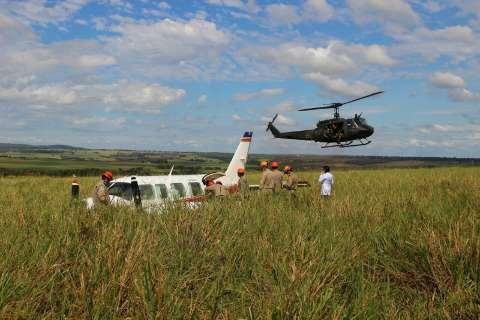 FAB envia equipe para investigar causas do acidente com avião de Huck e Angélica
