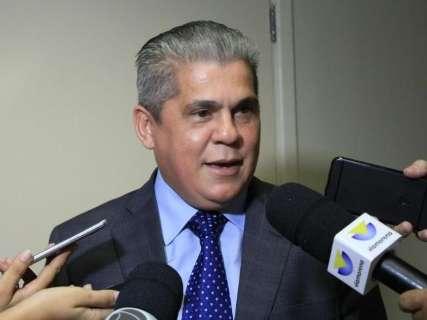 TCE pede que Marquinhos faça devassa em contratos da Prefeitura