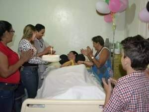 Em 2012, aos 20 anos, Kelvin ganhou festa de aniversário dos leitores do Campo Grande News.