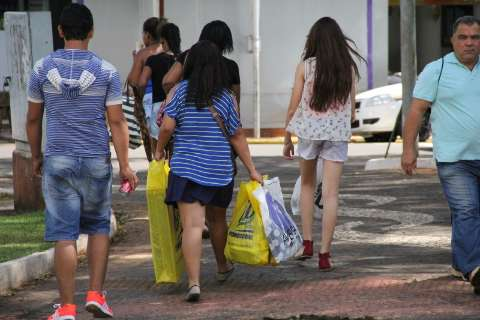 Volume de vendas do comércio varejista em agosto cai 1,7% no Estado