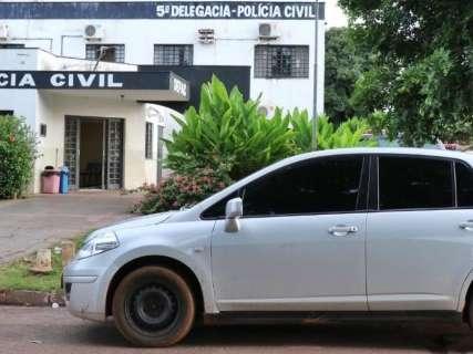 Dupla assalta motorista de aplicativo e um deles morre em confronto com PM