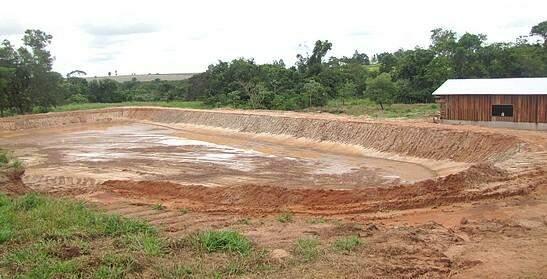 Tanque construído perto da nascente. (Foto: Divulgação)