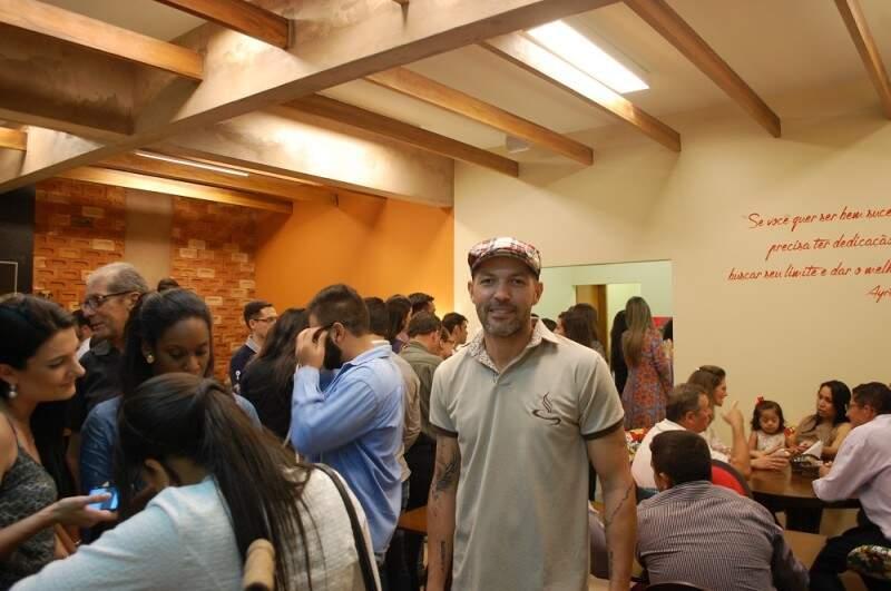 Luciano quer oferecer na cafeteria o melhor do café gourmet aliado ao entretenimento. (Foto:Adriano Fernandes)