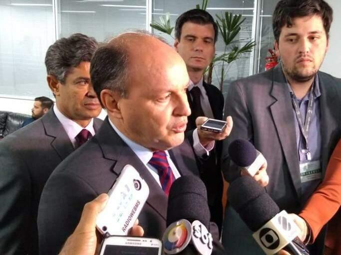 Deputado Junior Mochi fala sobre Refis (Foto: Leonardo Rocha)