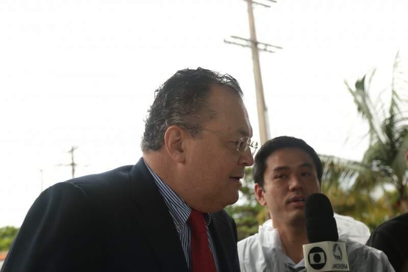 Advogado Newley Amarilla conseguiu agora a tarde revogar a prisão do servidor da Agesul Hélio Yudi (Foto: Fernando Antunes)