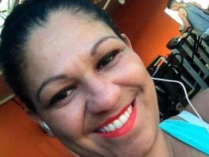 Mulher assassinada na varanda de casa nas Moreninhas tinha 37 anos