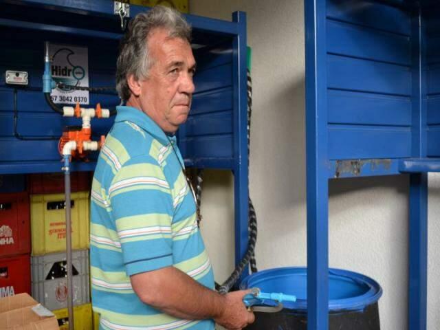 Henrique e o sistema montado para economizar em lava-jato.
