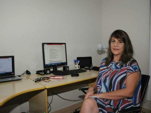 Lilian, formada em Relações Internacionais e com duas pós-graduações (Foto: Paulo Francis)