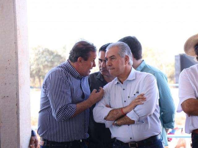 """""""Talvez queiram o caos"""", diz Reinaldo a tucanos que votaram contra governo"""