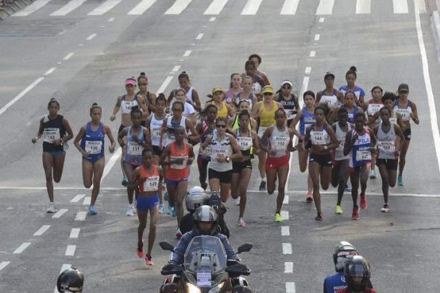 Atividades físicas contribuem para elevar qualidade de vida e reduzir risco de doenças   (Arquivo/Rovena Rosa/Agência Brasil)