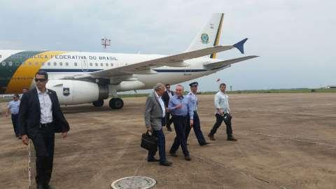 Só o senador Pedro Chaves foi à Base Aérea receber Temer na Capital