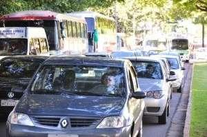 Prefeitura assina contrato de R$ 10 milhões para inspeção veicular