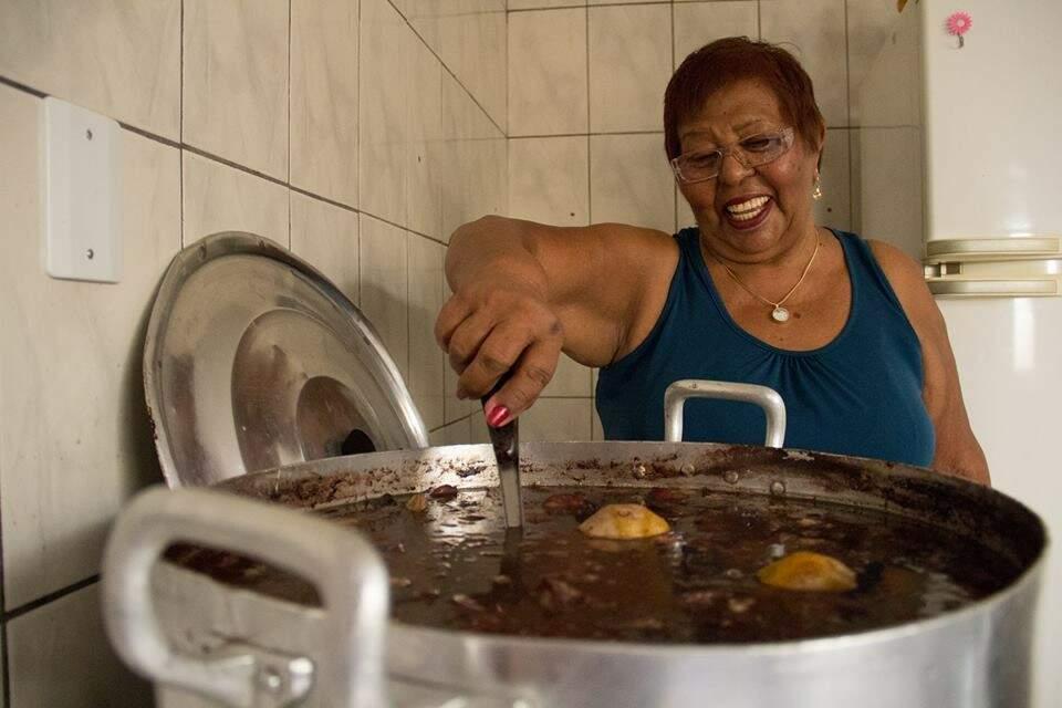Madá aprendeu a receita quando trabalhava numa casa de libaneses (Foto: Everson Tavares)
