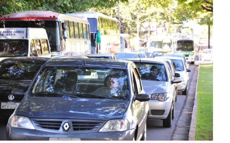 Veículos vão passar por inspeção ambiental. (Foto: Arquivo)