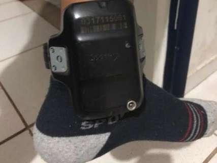 De tornozeleira eletrônica, homem é flagrado com 460 kg de maconha