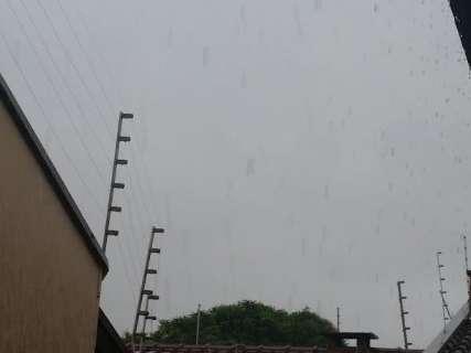 Dia começa com chuva em cidades do sul, norte e Pantanal do Estado