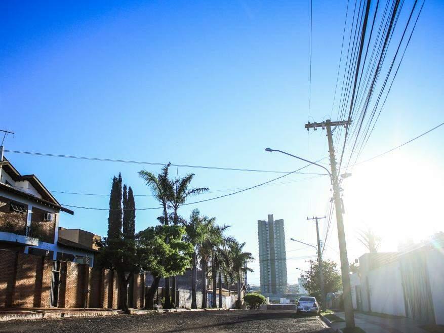 Capital registra mínima de 12ºC, mas sol predomina no céu e temperatura vai subir. (Foto: Marina Pacheco)