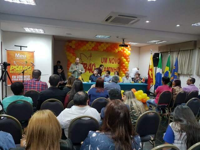 Em votação, convencionais do PSB aprovaram por unanimidade aliança com o PSDB e apoio à reeleição de Reinaldo Azambuja. (Foto: Anahi Gurgel)