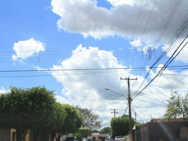 Previsão é de céu parcialmente nublado na segunda-feira (Foto: Marina Pacheco)
