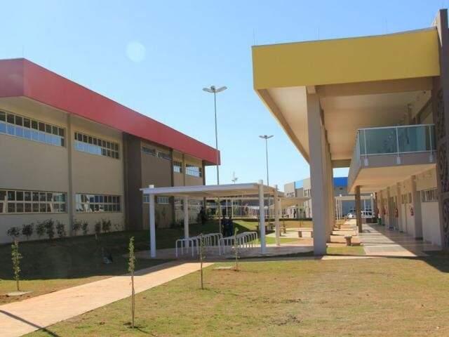 Bloco de Letras na unidade de Campo Grande, um dos cursos com vagas para portadores de diploma. (Foto: Divulgação)