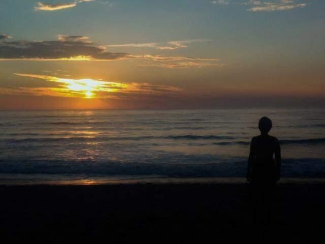 Kimberly escolheu Prainha Branca como destino. O local é opção para quem deseja fugir das praias urbanizadas e lotadas do Guarujá. (Foto: Arquivo Pessoal)
