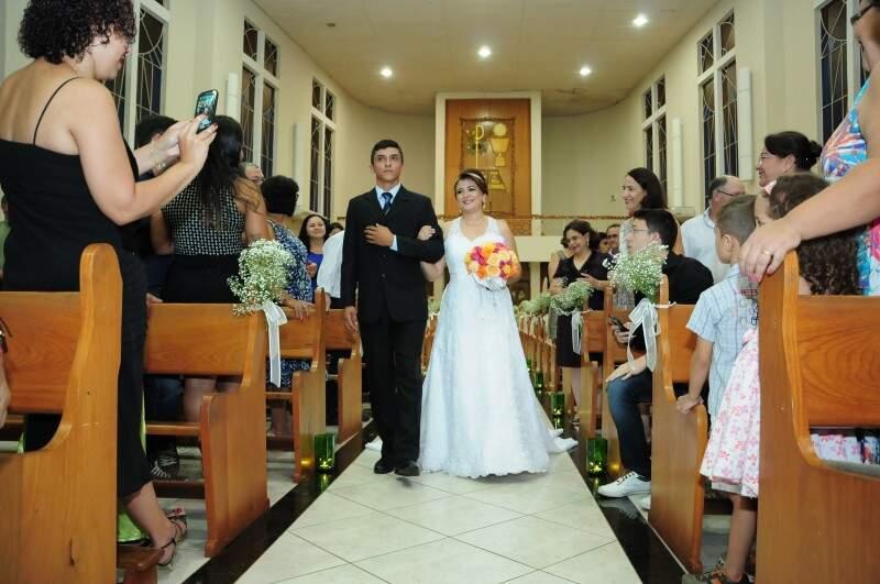 E o filho, a noiva. (Foto: Unilton Cavalcante)
