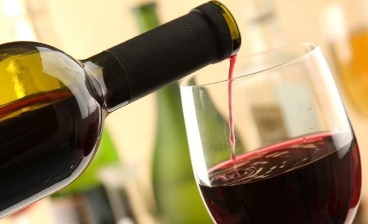 Dicas de como consumir e comprar vinhos com custo benefício. (Foto: Divulgação internet)