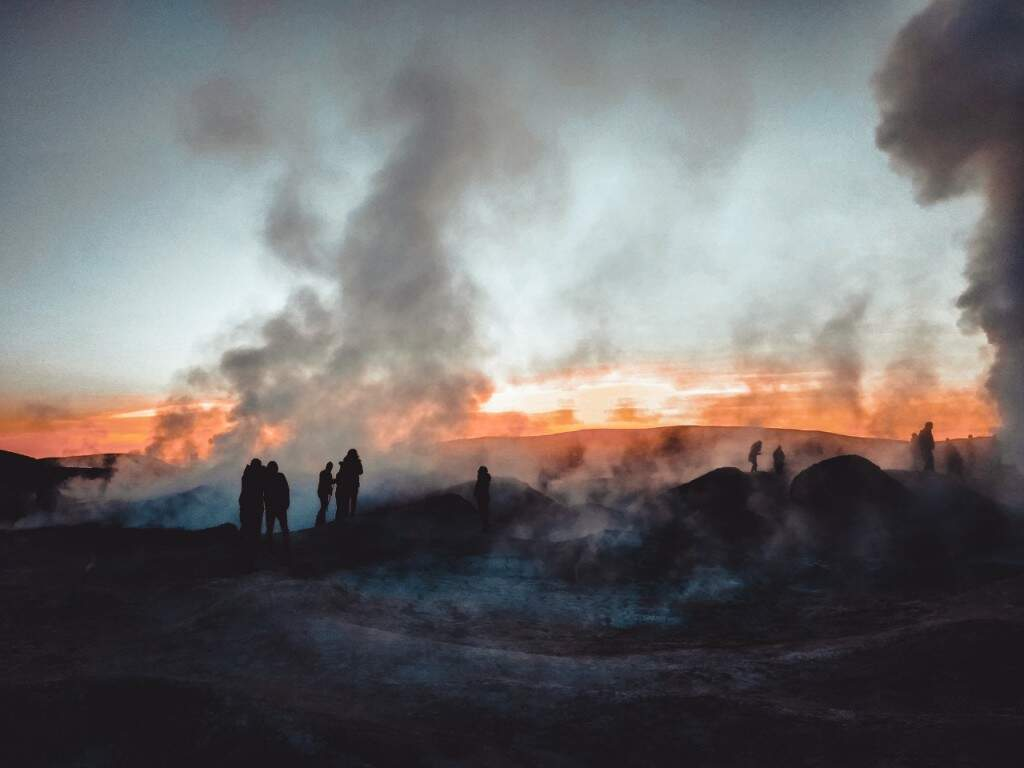 Local onde a atividade vulcânica segue seu curso. (Foto: Juliano Pinheiro)