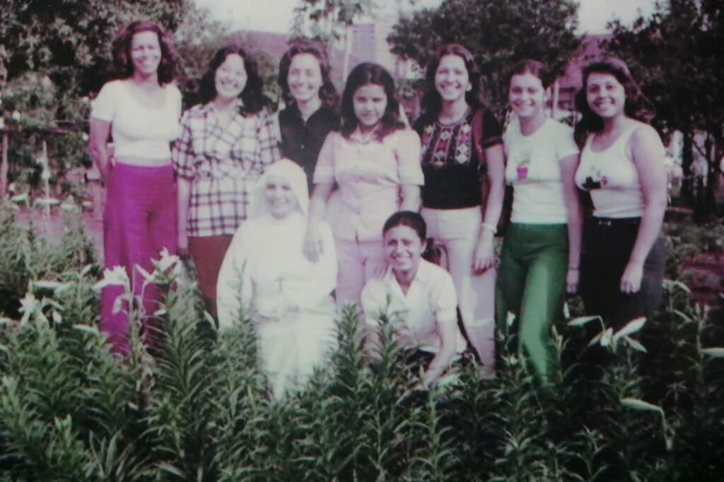 Última foto feita em em grupo antes da formatura (Foto: Arquivo Pessoal)