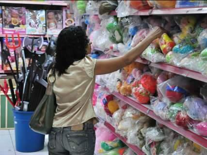 Pais vão gastar mais de R$ 50 com presente para Dia das Crianças